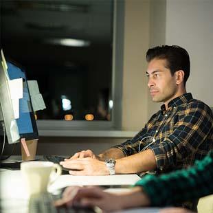 Está procurando por um curso Operador de Tecnologia?