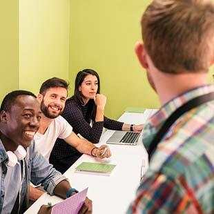 Encontre a melhor qualificação profissional em Gestão Administrativa!